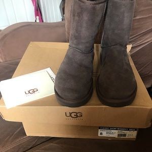 ❌ SOLD ❌ Brown Ugg Short Classic